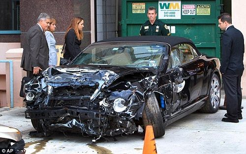 rozbity Bentley