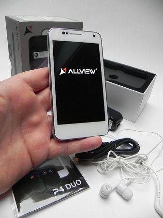 unboxing smartphone